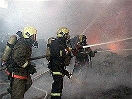 В Кандалакше тушили пожар в жилом доме