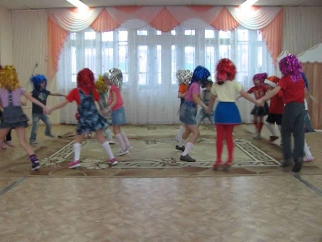 Танец Друзья Барбарики