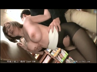 Three successive cumshot bookshop molested without being pulled out [all sex, blowjob, abuse, creampie, rape, molester]