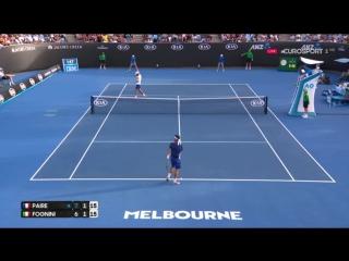 КРАСОТА ПО ВСЕМУ КОРТУ (Fognini-Paire hot shot at Australian Open 2017)
