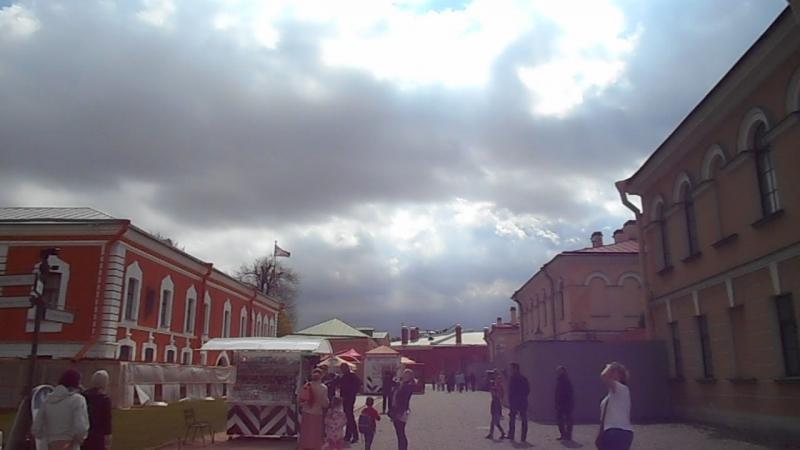 Полдень в Петропавловской крепости