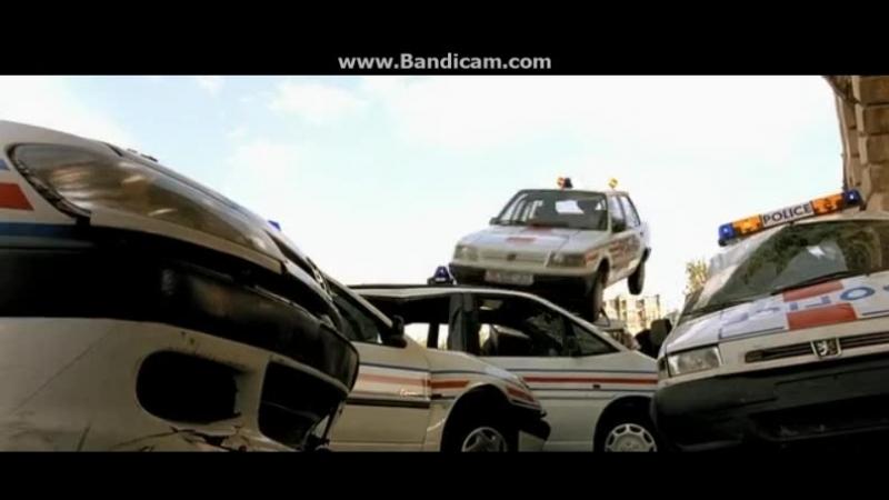 Такси 2 отрывок из фильма Даниэль заводит полицию obovsem ямакаси париж франция люкбессон