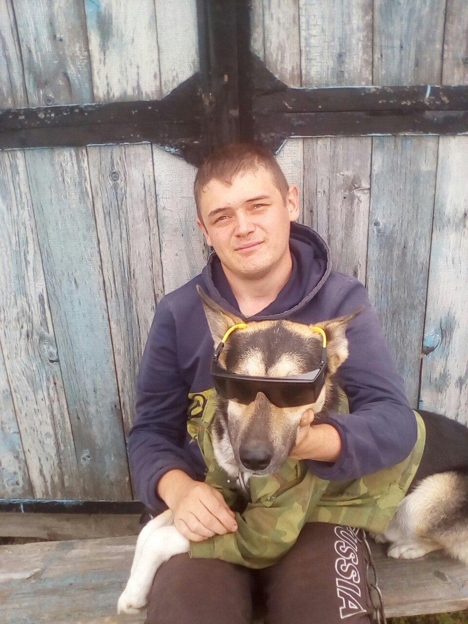 Tolya, 19, Budennovka
