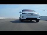 Alfa Romeo 4C vs 2016 Tesla Model X P90D