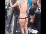 Pretty girl pleasures BDSM WHIPPING #FOLSMFAIR 2 ( (Порка Фолсом ярмарке, Сан-Франциско 2)