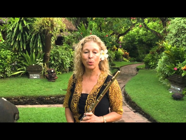 Jane Rutter plays Flute in Balinese Garden recommends Poppies Bali