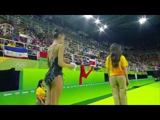 Девушки гимнастки