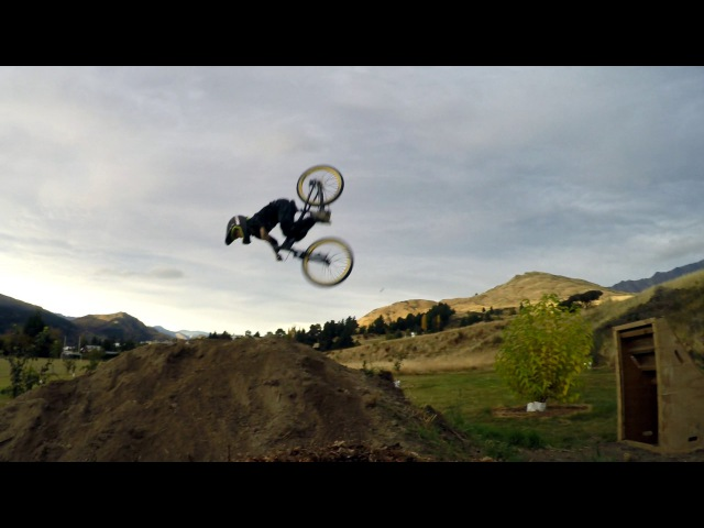 8 year old Theo's first backflip to dirt (mtb)