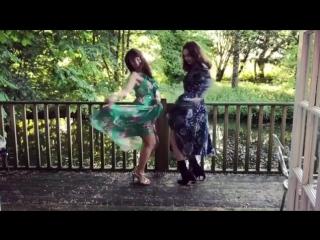 Лили и Лора в инстаграм историях