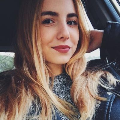 Полина Иванникова