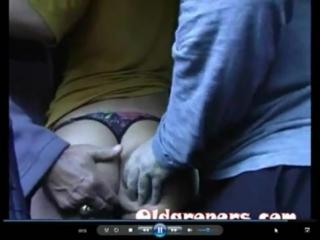 lapayut-pryamo-v-avtobuse-porno