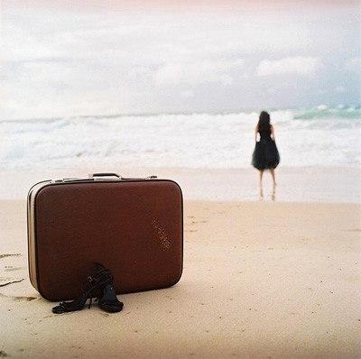 Настроение: выйти из дома и случайно уехать на море.