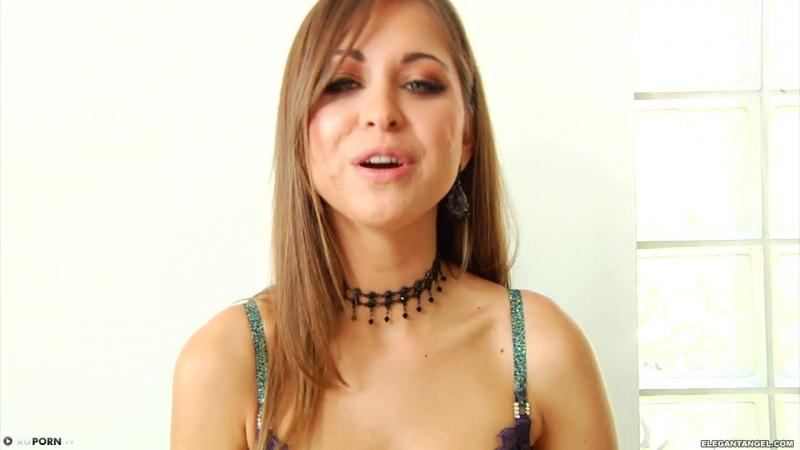 Порно Первый по настоящему страстный секс пары (Порно,