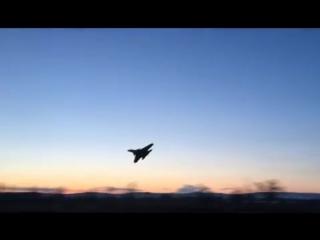 Экстремально низкий полет и падение Су-37 в Чите (Жесть!)