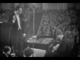 Van Cliburn plays Tchaikovsky Piano Concerto no. 1 - video 1958