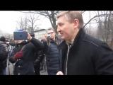 Донецк. 31 декабря, 2013. Ренат Ахметов вышел к митингующим в Донецке
