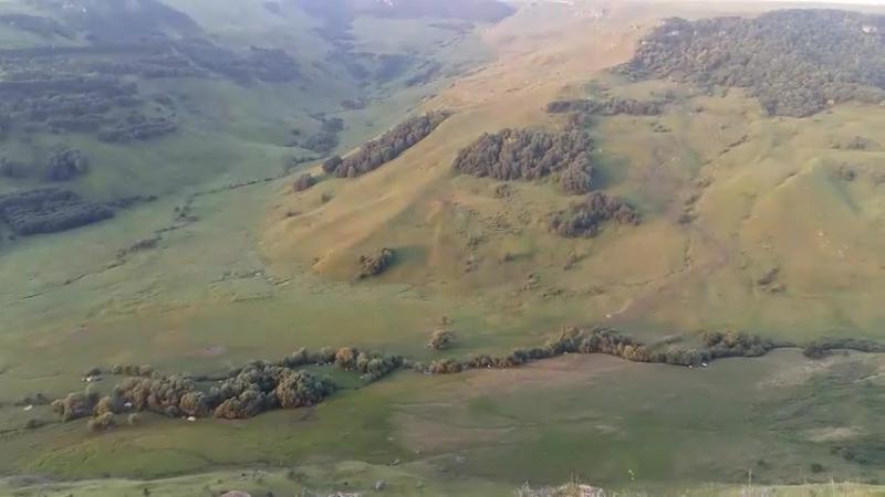 IntoTheBus: Панорама Фестивальной Поляны с вершины хребта