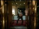 Кристофер Уокен не только талантливый американский актер ,но и танцевать может.В клипе ему уже 58 лет.