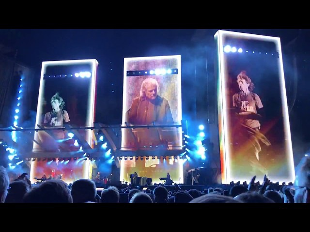 ROLLING STONES - Street Fighting Man - live in Zürich, 20.9.2017