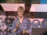 David Bowie - Heroes (Marc Bolan Show, 1977)