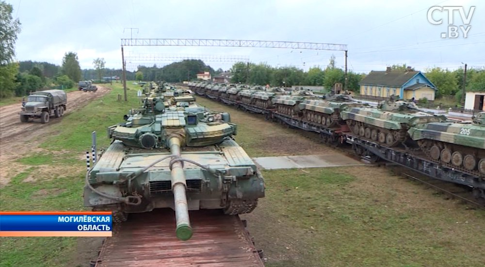 Русские военные после учений «Запад-2017» возвращаются домой