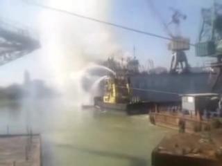 Пожар на сухогрузе JUL в доке Измаильского судоремонтного завода