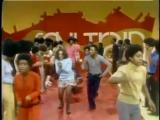 Soul Train Line Dance to Aretha Franklin Rock Steady(1971)
