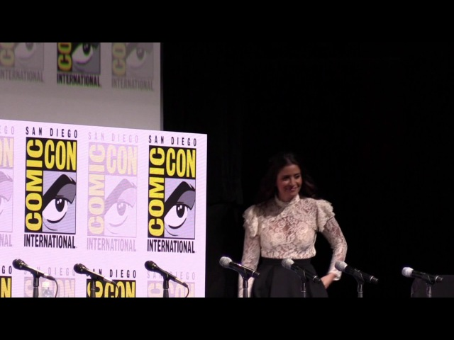 Fear of the Walking Dead - San Diego Comic Con 2017 Panel - Cast Introduction