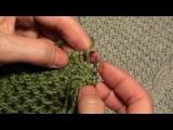 Как закрыть петли проймы с помощью полого шнура (I-CORD). Окончание