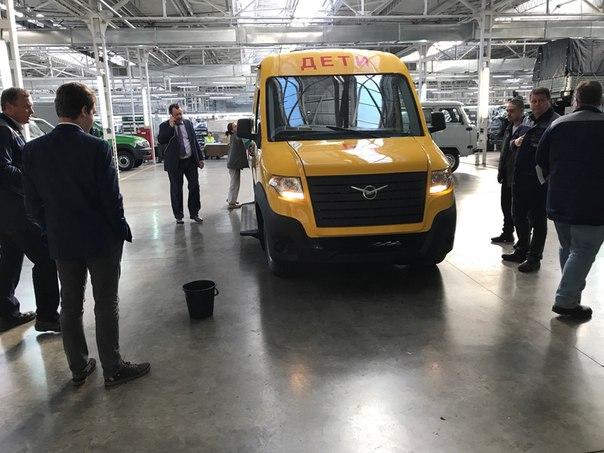 Фотографии нового микроавтобуса от «УАЗ» появились в Сети