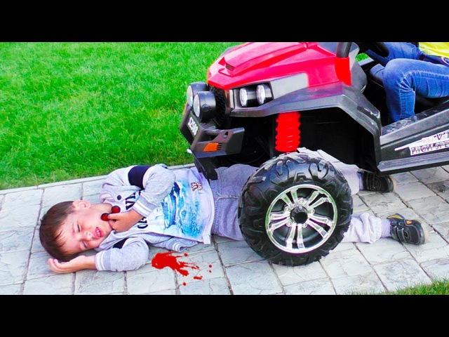 Сrying Babies! Accident! Bad baby Playing Doctor Learn Colors With bandage Finger Family Song
