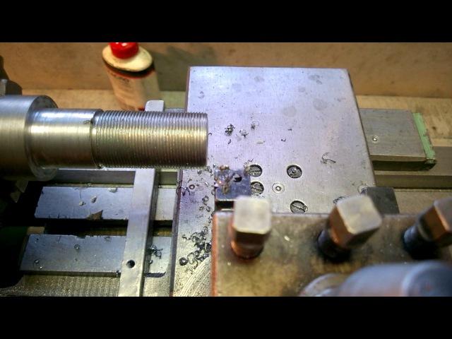 ТВ-16, точение, нарезание резьбы и снова точение без перестройки гитары.