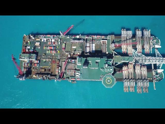 Морской трубоукладчик Pioneering spirit в Анапе. Опубликовано: 3 июн. 2017 г. youtu.be/4z1g0jluDQU Самый крупный в мире морской трубоукладчик
