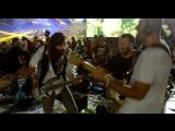 1000 музыкантов исполняют Smells Like Teen Spirit на Rockin1000