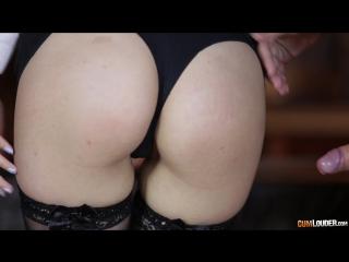 Большая жопа маленькие сиськи видео