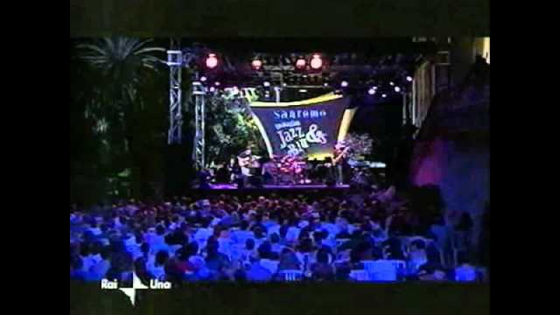 Pat Metheny Trio @ Umbria Jazz 1999 part 1 of 5