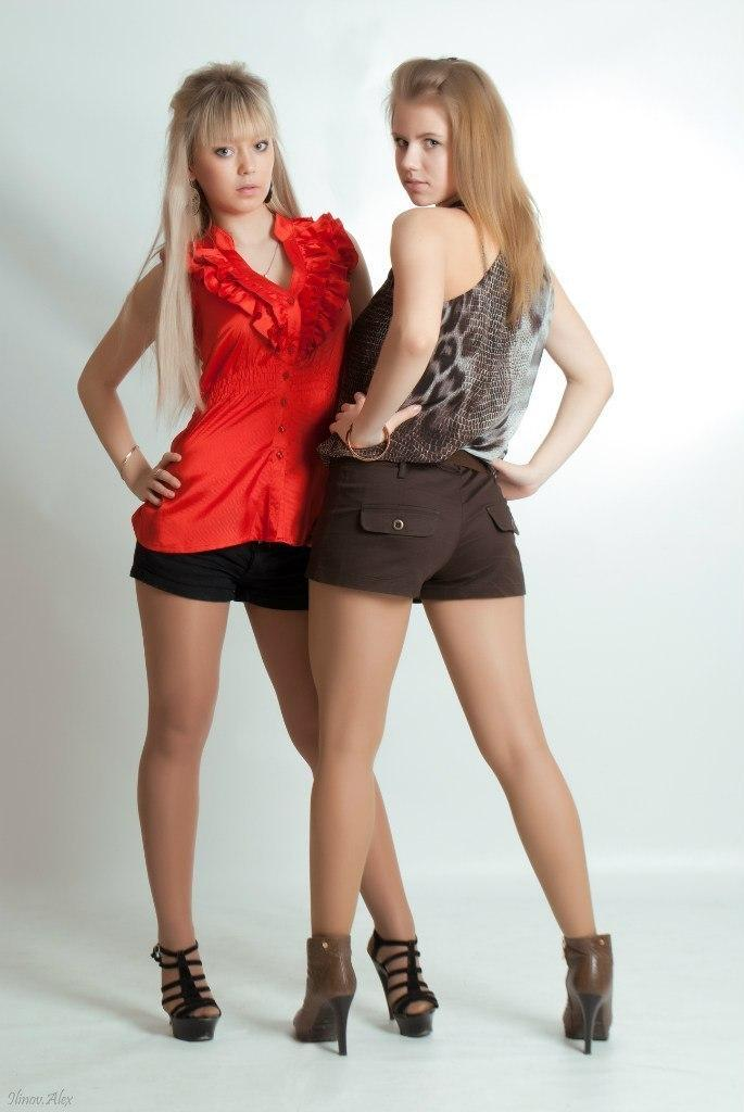 Lesbian twin sister mutterone crabdance com