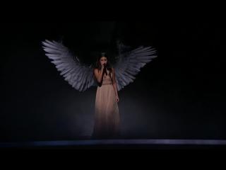 Выступление с песней «The Heart Wants What It Wants» на премии «American Music Awards», Лос-Анджелес (23 ноября 2014)