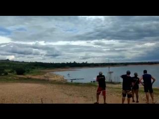 Вертолет упал в реку на востоке Бразилии