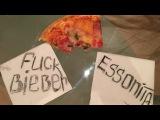 Fuck Justin Bieber, love ESSONITA)