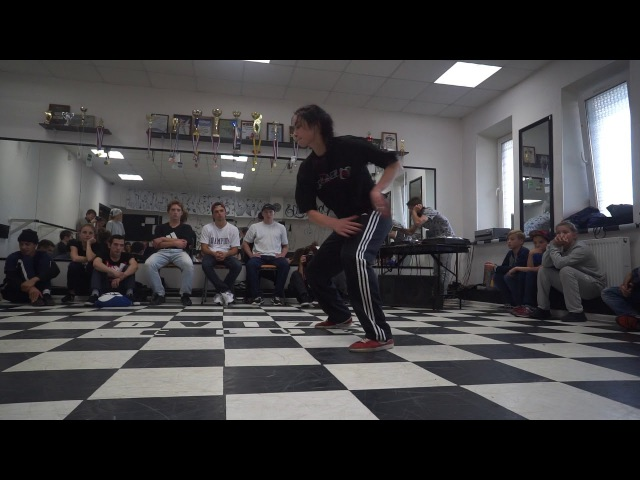 Milynia vs Ama | 1/8 bgirl battle | DVIZH CLUB BATTLE