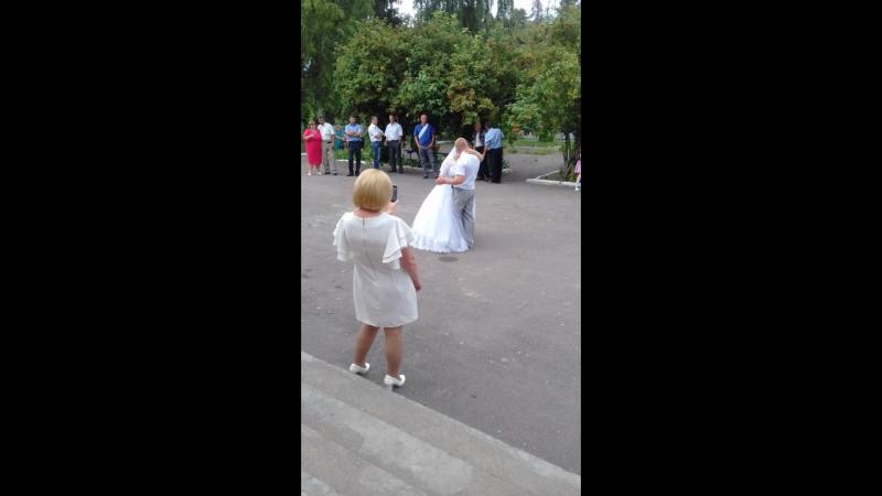 15 липня-- перший танець