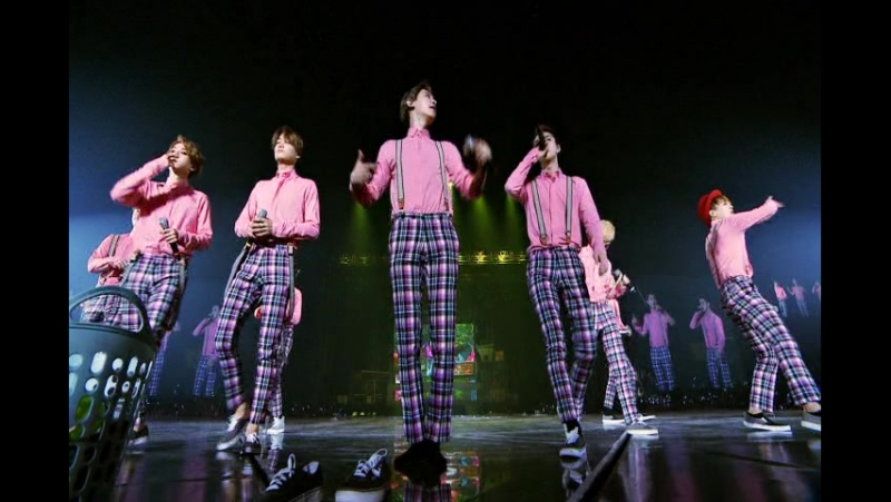 [VIDEO] Exo from Exoplanet 2 - The Exo'luXion in Seoul DVD 1/3