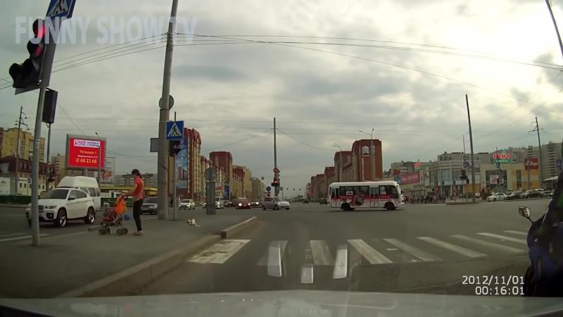 Мотоциклисты помогают людям на дороге. Байкеры делают добро Вот это настоящие мужики