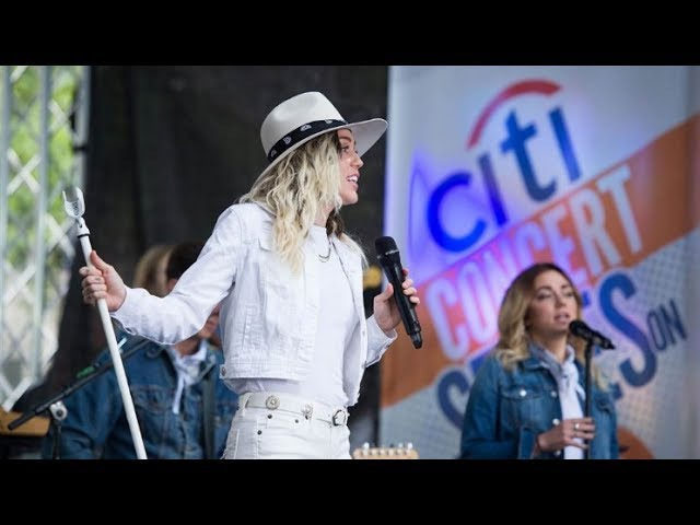 Miley Cyrus performs her new song