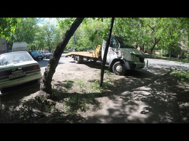 Штраф за стоянку на зоне зеленых насаждений для юридических лиц составляет 300000 рублей !