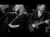 Tedeschi Trucks Band - Preachin' Blues (with Warren Haynes)