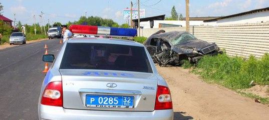 авария 23 февраля в брянске на мерседесе