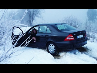 Ultimate IDIOTS Car & Truck DRIVERS, Extreme FUNNY Winter DRIVING FAILS February 2017,Cars Fail #542