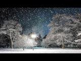 Порхает и кружится белый снег...Релакс видео.